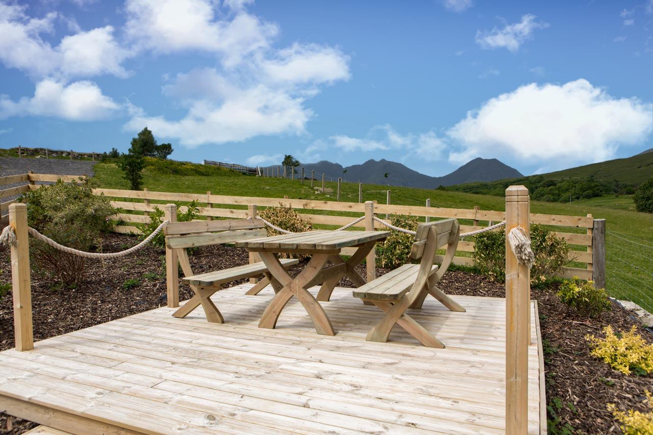 Beinn Dearg Cottage Garden Facilities
