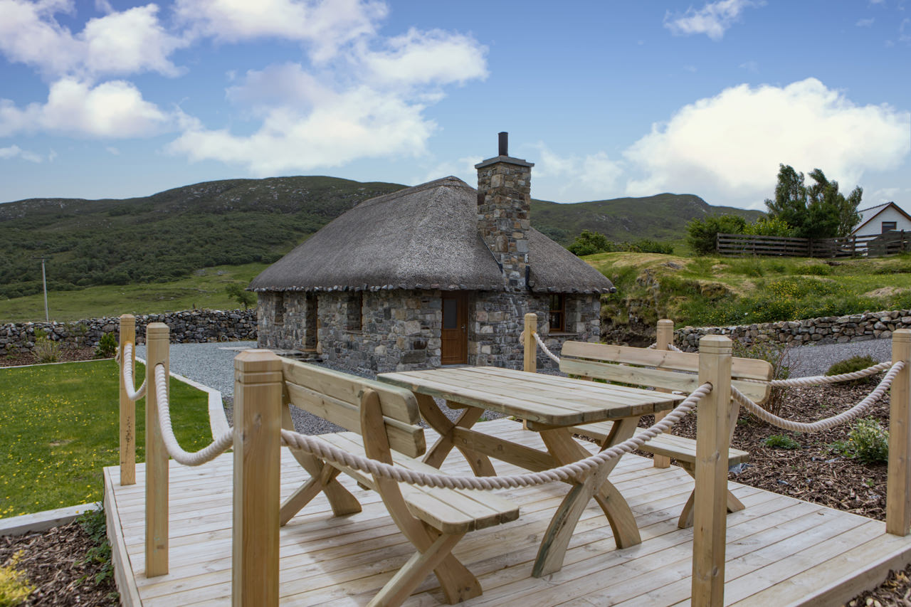 Beinn Dearg Cottage Garden Furniture view
