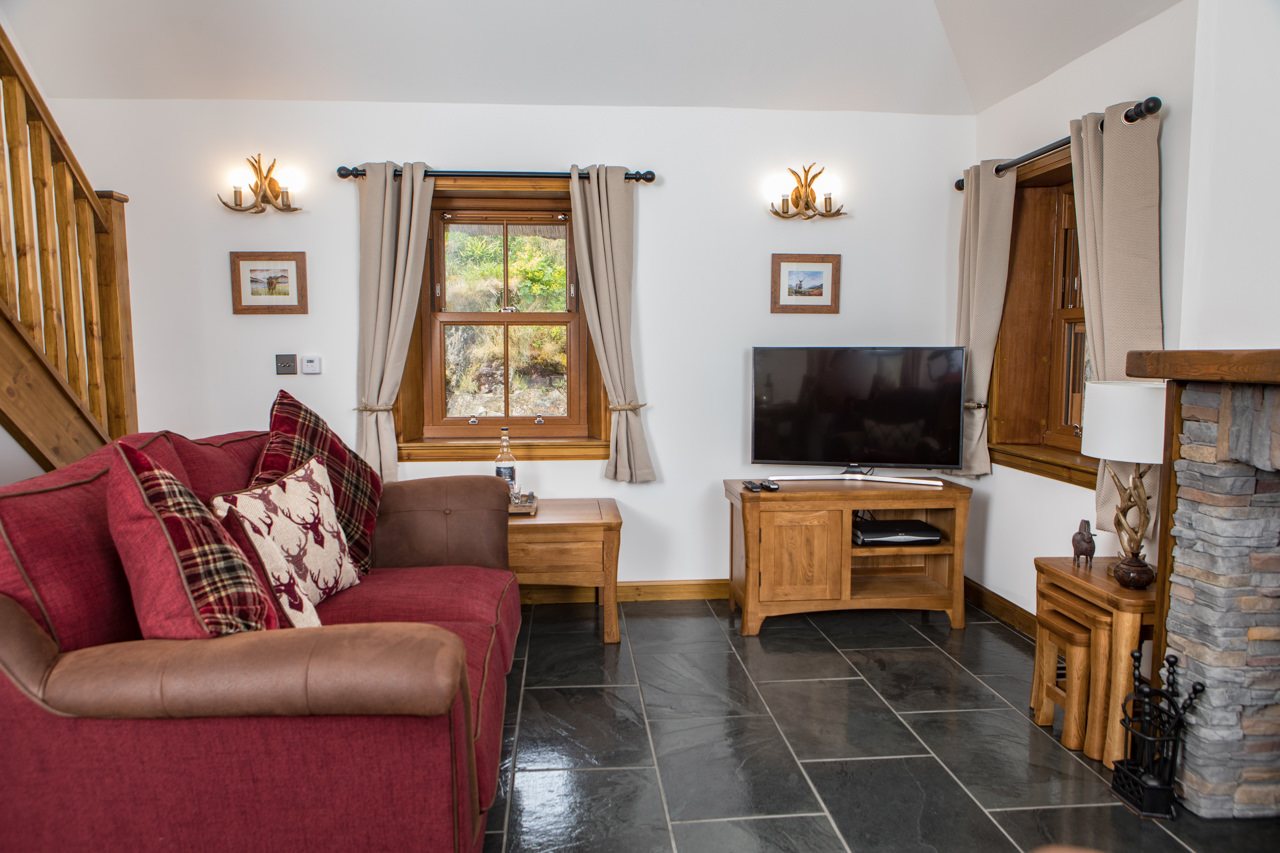 Beinn Dearg Cottage Living Room 1